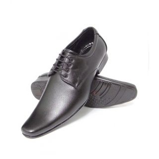 Slowgun's Formal Shoes at Rs.499