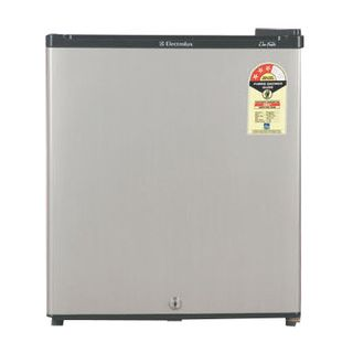 Electrolux Refrigerator at Rs.6990