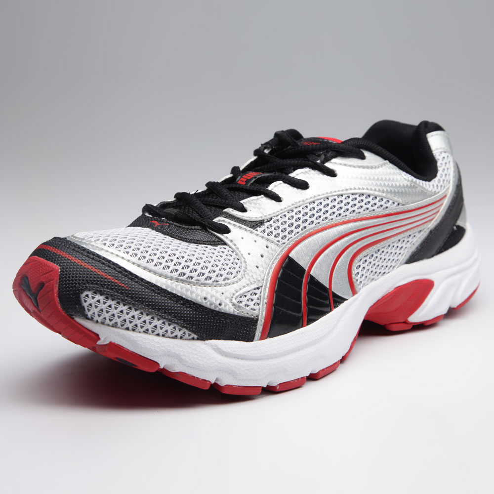 Puma Sports Shoes at Rs.2399