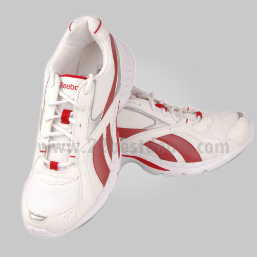 Reebok Swift Shoes at Rs.1650