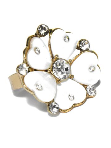DressBerry Flower Ring at Rs.210