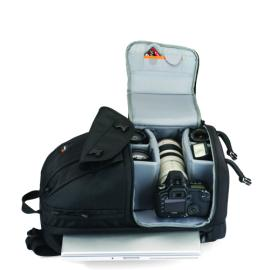 Lowepro Fastpack Bags at Rs.5599