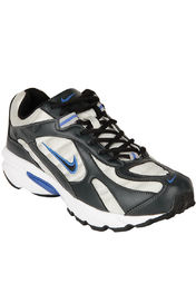 Nike Running Shoes at Rs.2461