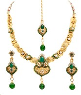 Sia Floral Necklace Set at Rs.649