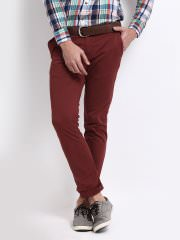Roadster Slim Fit Chinos at Rs.1499