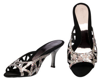 Catwalk Mid Heel Sandal at Rs.811