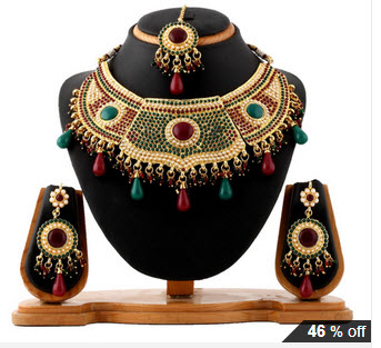 Vendee Heart Throbbing Bridal Necklace Set at Rs.2062