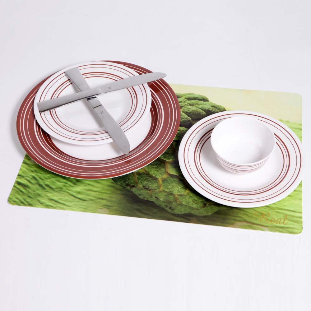 Real Table Linens 6 Pcs at Rs.221