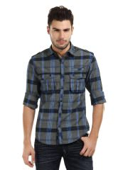 Men Checked Casual Shirt at Rs.779