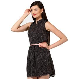 Femella Women Dresses at Rs.899
