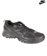 Nike Running Shoes at Rs.1826