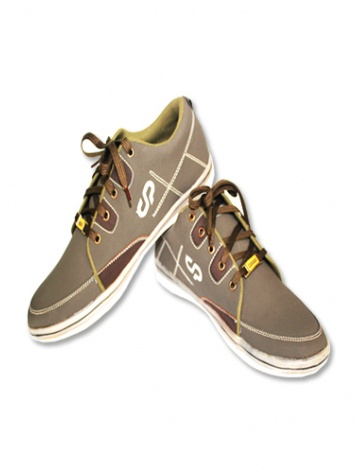 Canopus Mens Casual Shoes at Rs.699