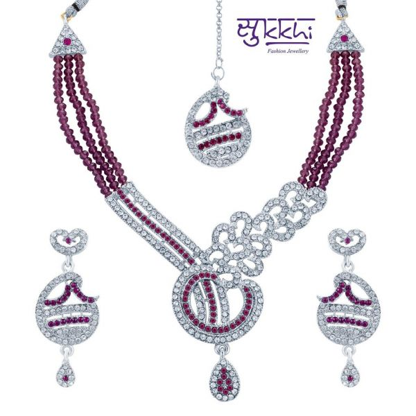 Sukkhi Necklace Set at Rs.399