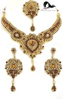 Sharnam Art Necklace Set at Rs.508