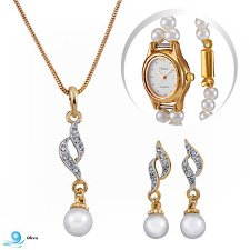 Oleva Pendant Set & Line Pearl Watch at Rs.599