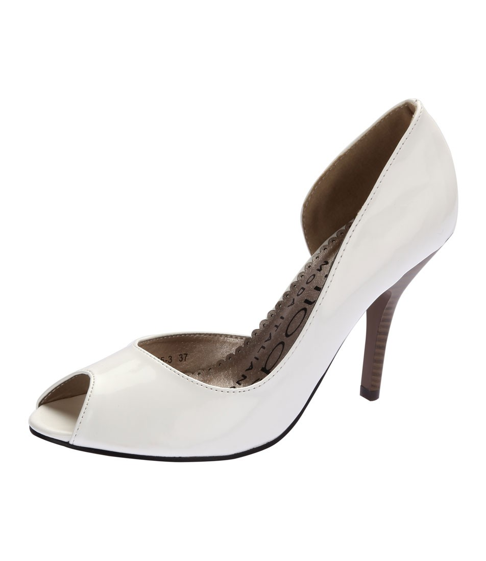 Tremode Women's Shoes at Rs.1750