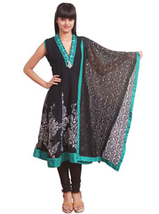 Women's Kurti at Rs.1980