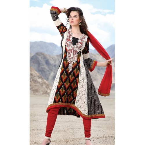 Ladies Salwar kameez at Rs.5525