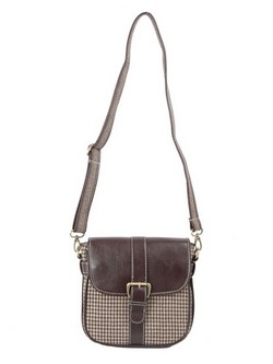 Brown Hound CrossBody at Rs.585