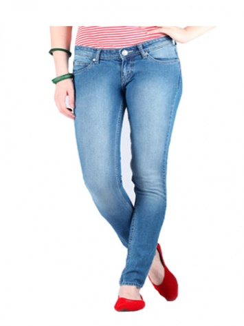 Lee Skinny Fit Womens Jeans at Rs.999