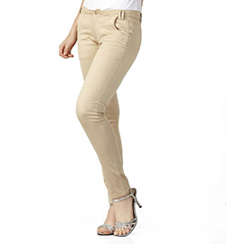 Beige Trousers at Rs.1104