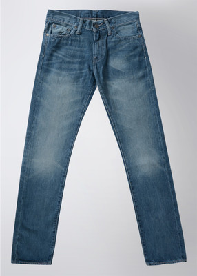 Buy Levi's straight fit men's jeans at Rs.2624