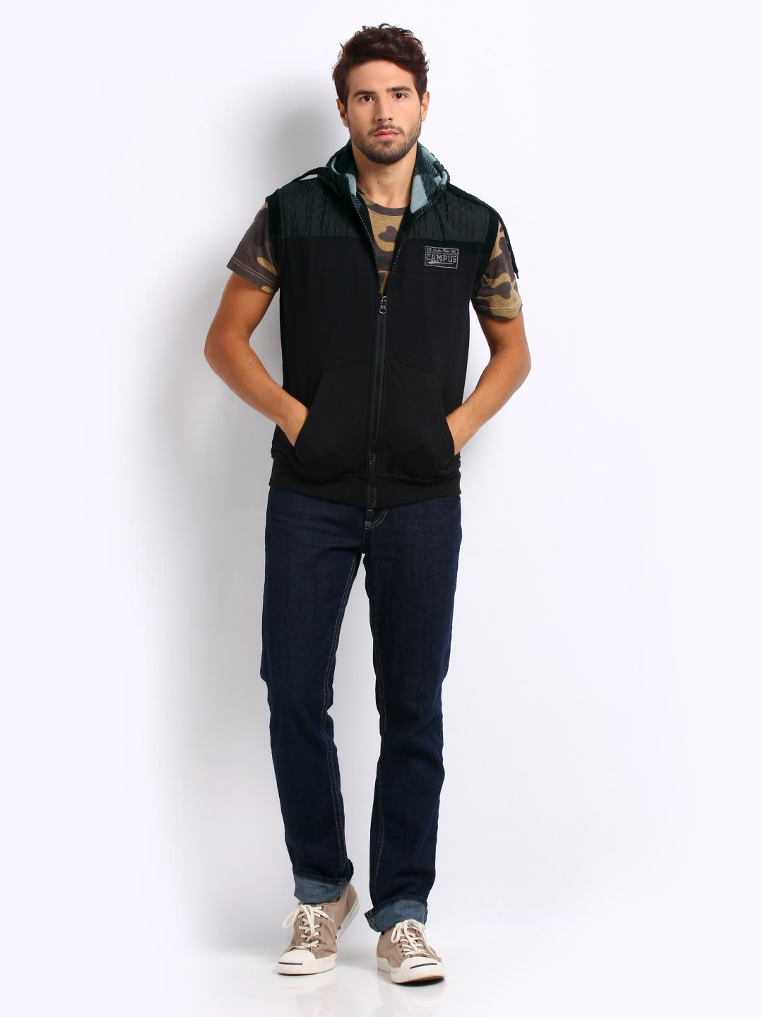 Buy Roadster men black fad sleeveless jacket at Rs.959