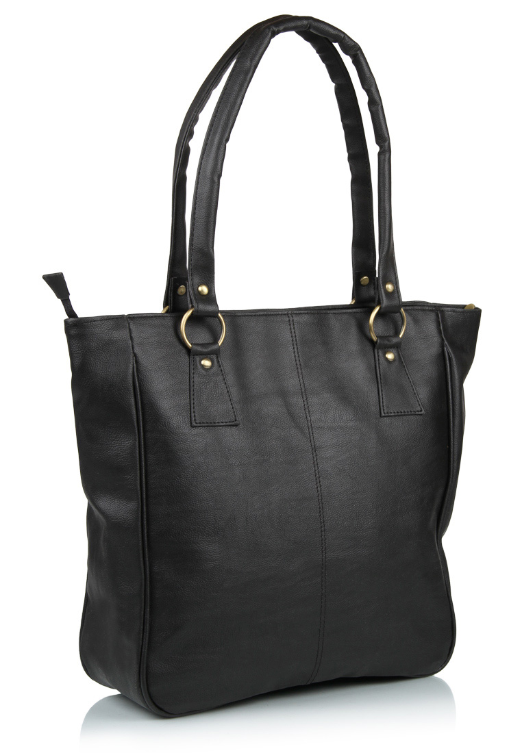 Buy Alessia black handbag at Rs.824