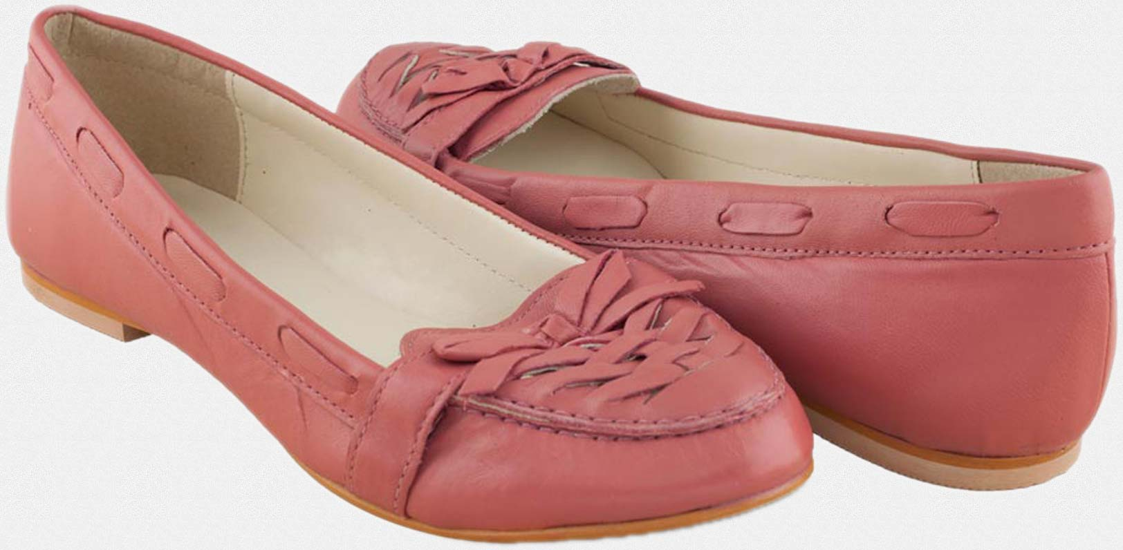 Buy Pink Leather ballerinas with weave and bow at Rs.899