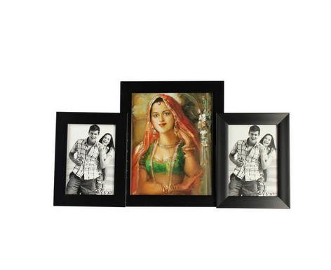 Buy Wallkart Multiple Photo Frames at Rs.450