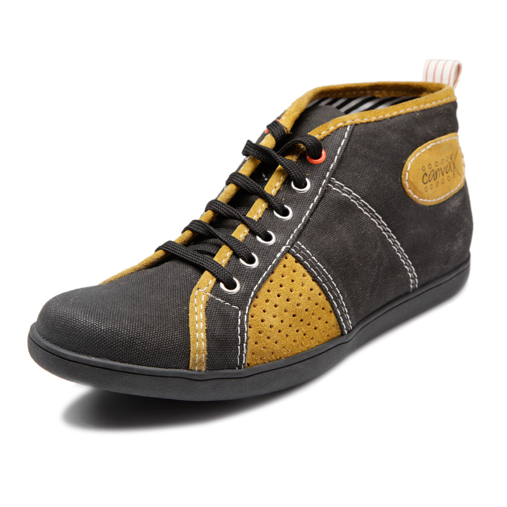 Buy Canvax Brown Men Casual Shoes at Rs.849