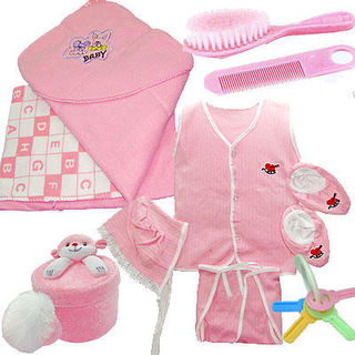 Buy Infant Baby Combo Set at Rs.900
