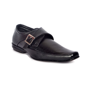 Buy Roxxii Formal Shoes at Rs.999