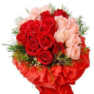 Buy Beautiful Roses Bouquet at Rs.695
