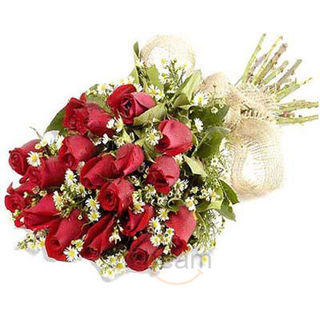 Buy 15 Red Roses Bunch at Rs.741