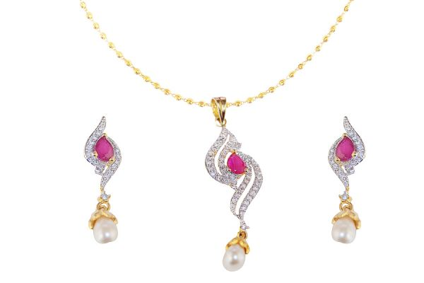 Mallik Jewellery Pendant Set at Rs.770