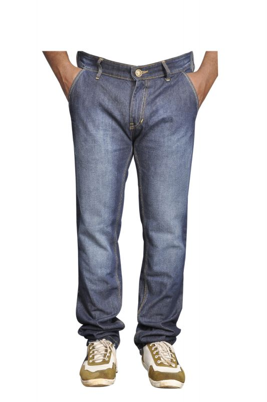 Levi's Redloop Men's Jeans at Rs.999