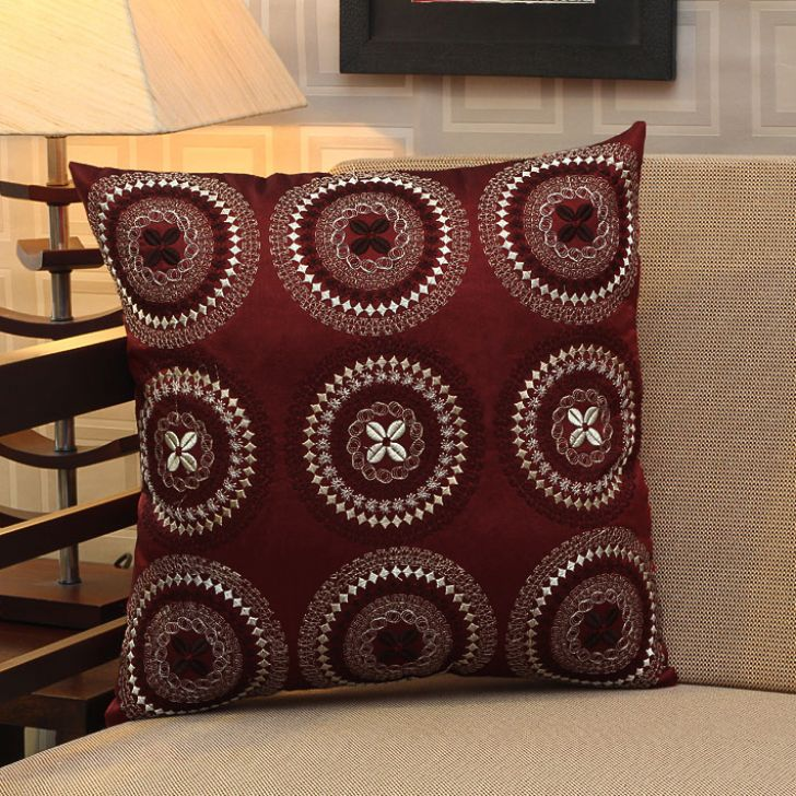 Homestory Floral Cushion Cover at Rs.124