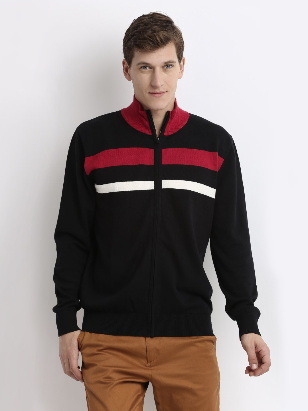 Giordano Men Sweater at Rs.1557