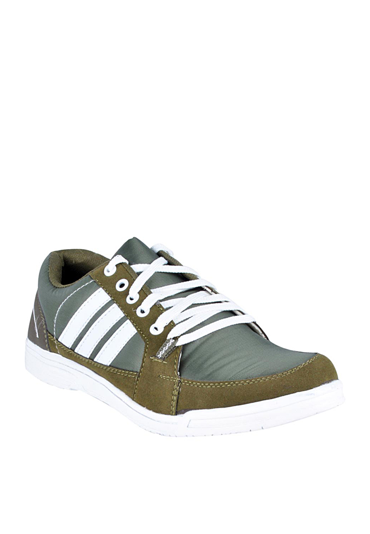 HM Green Sneakers at Rs.919