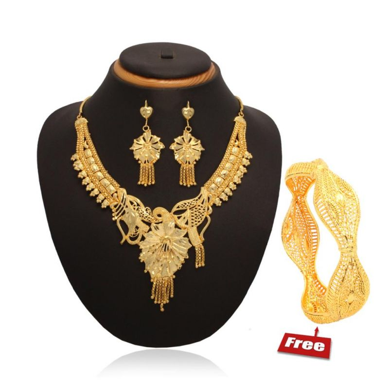 Vendee Gold Necklace Bangle Combo at Rs.499
