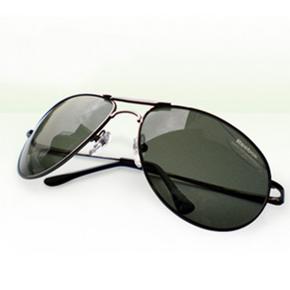 Buy Reebok Sunglasses at Rs.399