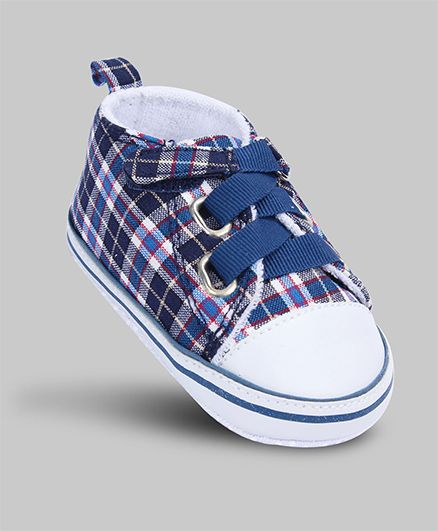 Kid's blue plaid sneakers at Rs.200