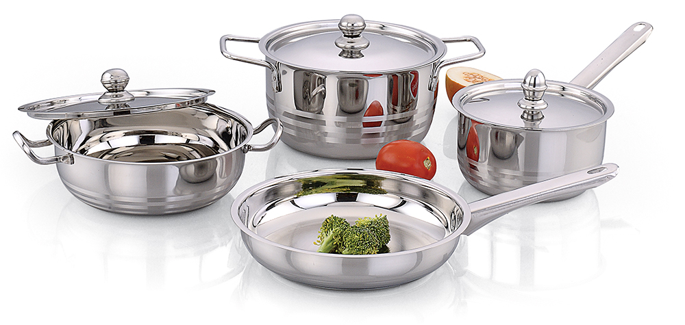 Praylady 7 pc pearl cookware set at Rs.799