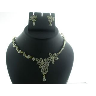 Buy Oleva AD Necklace Set at Rs.698